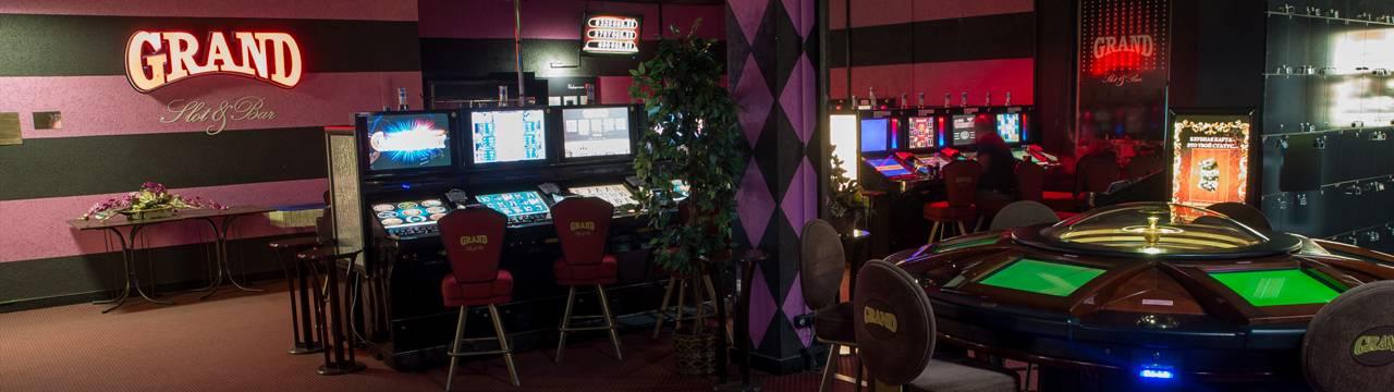Казино гранд адрес подпольные казино воронеж